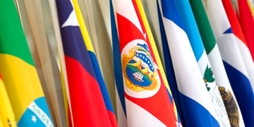 Banderas de países latinoamericanos