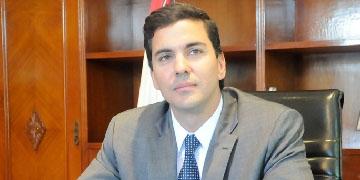Santiago Peña, ministro de Hacienda de Paraguay