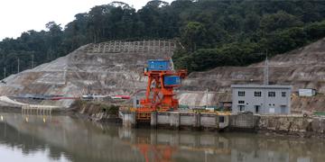 Construcción de la Hidroeléctrica Coca Codo Sinclair