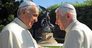 El Papa Francisco junto a BenedictoXVI