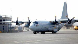 El avion Hercules C -130 de la Fuerza Aérea de Chile