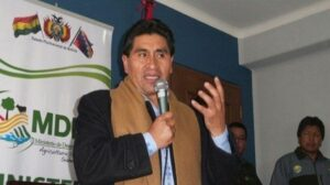 El exministro de Desarrollo Rural y Tierras de Bolivia César Cocarico