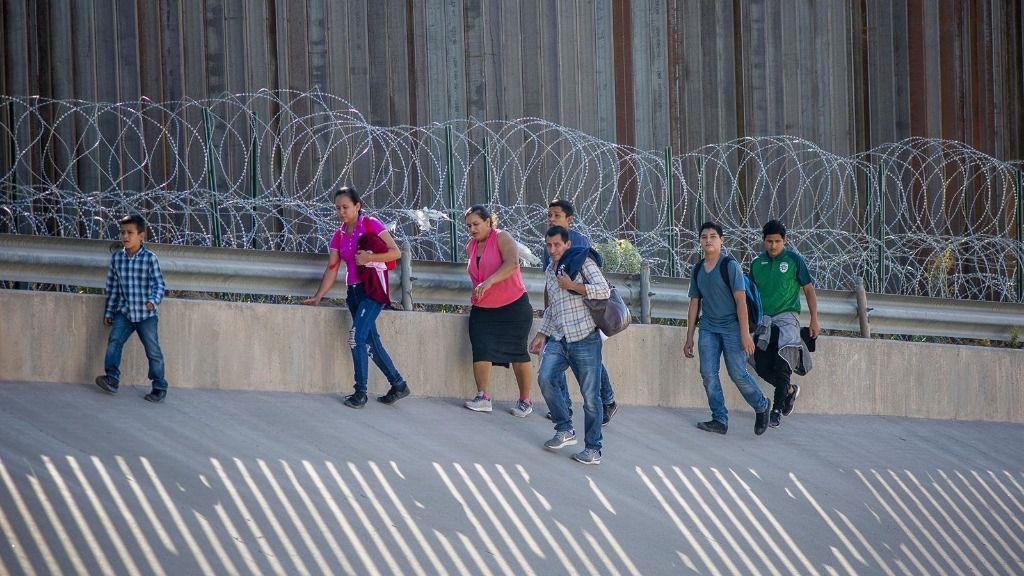 Migrantes en la frontera con Estados Unidos