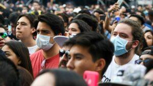 Asistentes a un festival de música en México en plena pandemia de coronavirus