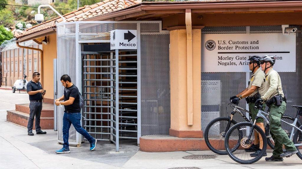 Frontera de Estados Unidos con México en Nogales, Arizona