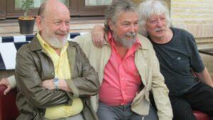 De izquierda a derecha, Marcos Mundstock, Carlos Núñez y Carlos López