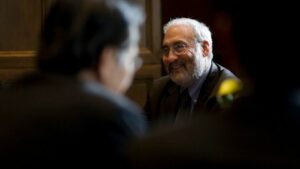Joseph E.Stiglitz