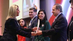 La presidenta del Pacto Mundial de México y directora global de RSE de Cemex, Marta Herrera