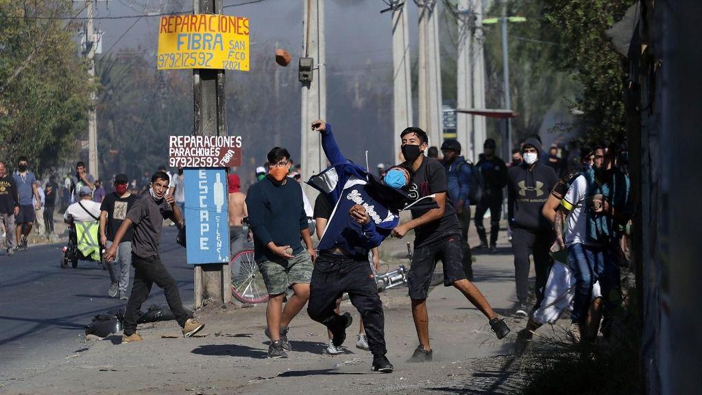 Protestas en El Bosque, Santiago de Chile, por la falta de ayudas ante la crisis del coronavirus