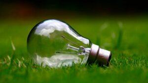 Bombilla verde electricidad