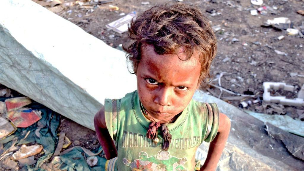 Niño hambre