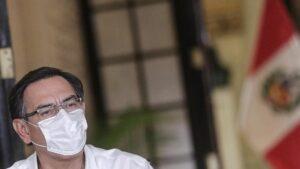 El presidente de Perú, Martín Vizcarra, con mascarilla por el coronavirus