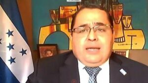 El representante permanente de Honduras ante la OEA, Luis Cordero