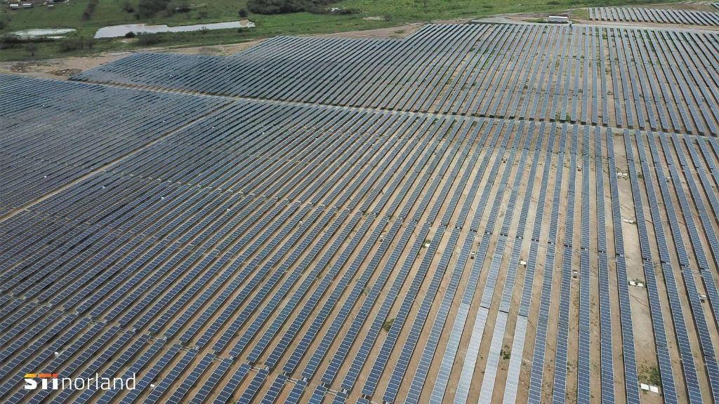 Seguidores solares de STI Norland