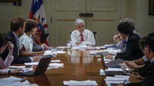 Sebastián Piñera encabeza una reunión del comité de emergencia por el coronavirus