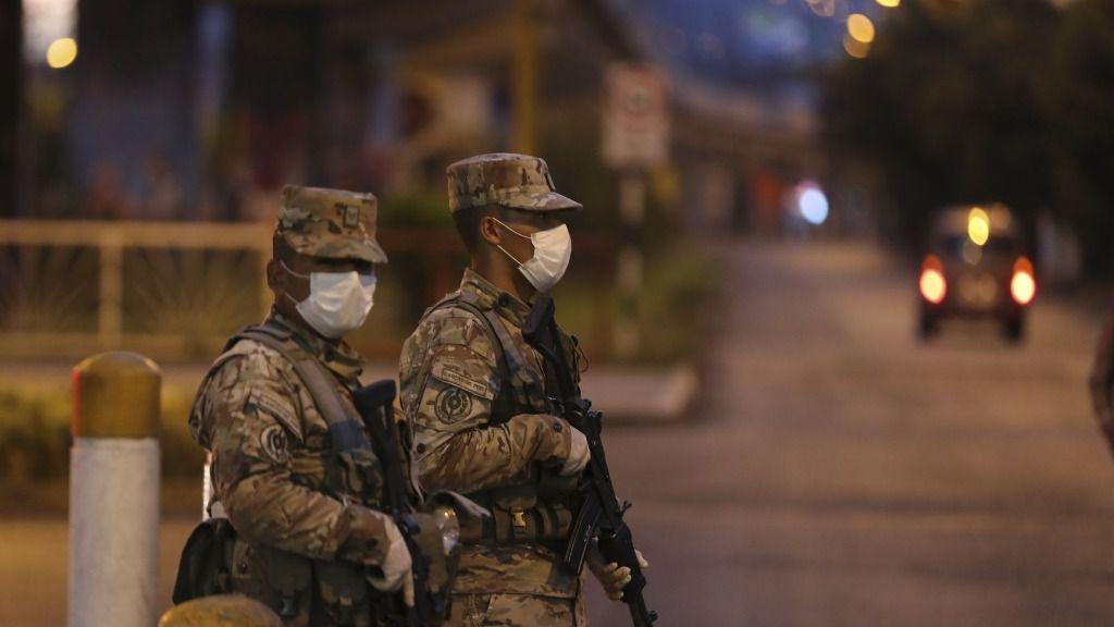 Militares del Ejército de Perú