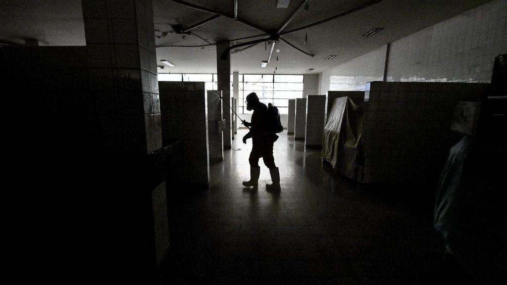 Desinfección por el coronavirus en La Paz, Bolivia