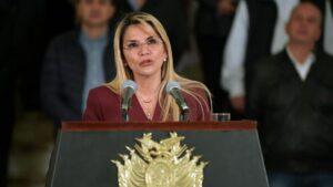 La presidenta de Bolivia, Jeanine Áñez