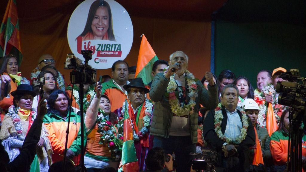 El candidato opositor a la Presidencia de Bolivia, Carlos Mesa