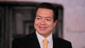 El líder del partido gobernante de México en la Cámara de Diputados, Mario Delgado