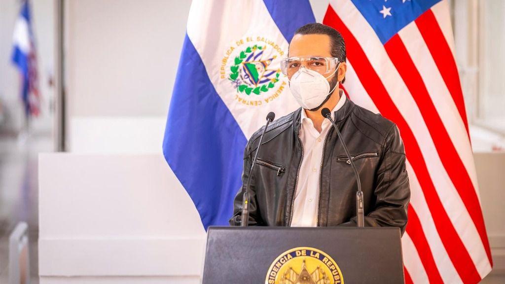 El presidente de El Salvador, Nayib Bukele, durante la pandemia de coronavirus