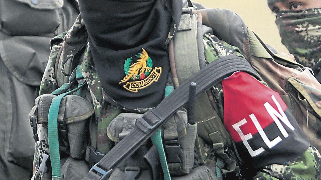 Un guerrillero del Ejército de Liberación Nacional (ELN) de Colombia