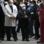 """Chile avisa a los no vacunados contra el coronavirus de que """"comenzarán a tener restricciones"""""""