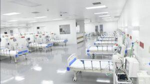 Hospital El Salvador, destinado en exclusiva a tratar pacientes con la COVID-19