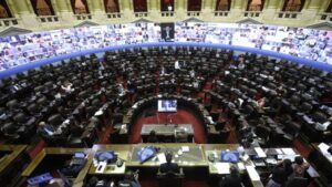 Sesión telemática en la Cámara de Diputados de Argentina