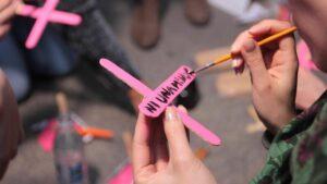 Acto de protesta contra los feminicidios en México