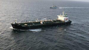 Petrolero iraní 'Fortune' a su llegada a Venezuela con un cargamento de gasolina
