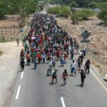 México respetará los derechos de la caravana migrante y descarta que puedan entrar a EEUU