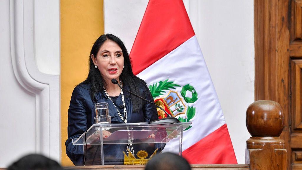 La ministra de Relaciones Exteriores de Perú, Elizabeth Astete