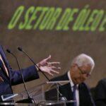 Cuatro consejeros de Petrobras dimitirán tras la destitución de Roberto Castello