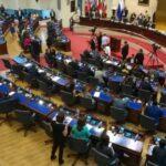 La Asamblea Legislativa de El Salvador aclara que no ha prohibido la libertad de manifestación