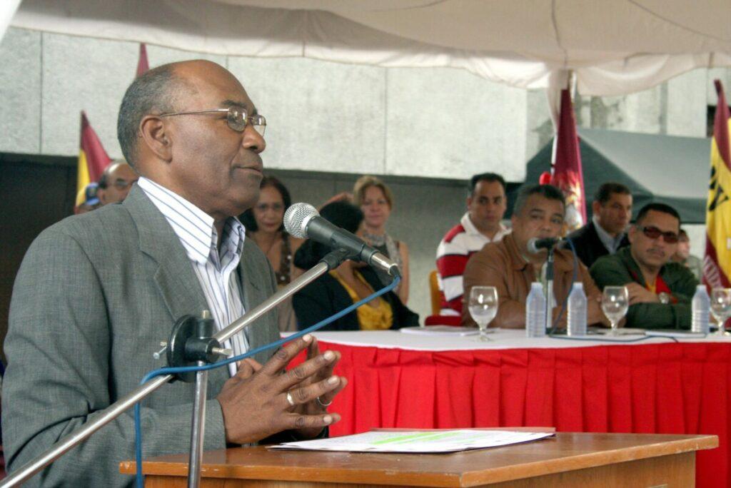 El ministro de Educación de Venezuela, Aristóbulo Istúriz