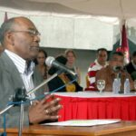 Muere a los 74 años el ministro de Educación de Venezuela, Aristóbulo Istúriz