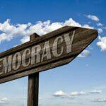 """Sobre """"por qué el futuro es democrático"""""""