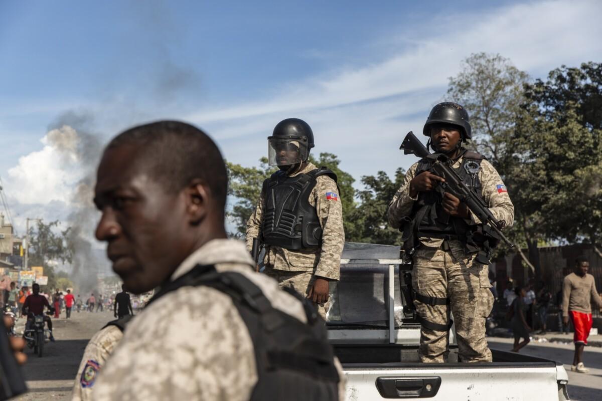 Agentes de la Policía de Haití - ADAM DELGIUDICE / ZUMA PRESS / CONTACTOPHOTO
