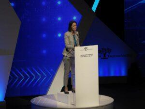 La ministra de Industria, Comercio y Turismo del Gobierno de España, Reyes Maroto, en el XXIV Congreso Nacional de Empresas Familiares en Baluarte. - EDUARDO SANZ.